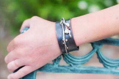 bracelet_vine_cuff_001_remaginedesigns