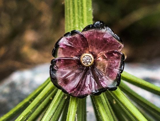 ring_tourmaline_flower_001_cropped